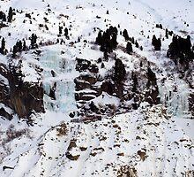 Frozen waterfalls  by geophotographic