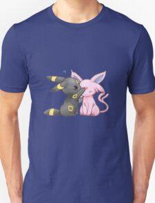 Umbreon & Espeon <3 T-Shirt