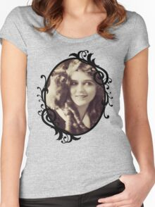 Mary Pickford - Vintage Lady with kitten - Vintage Selfie Women's Fitted Scoop T-Shirt