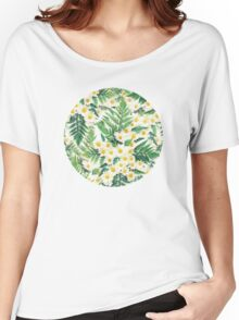 Textured Vintage Daisy and Fern Pattern Women's Relaxed Fit T-Shirt