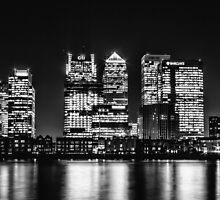 London City Skyline - Monochrome by Ian Hufton