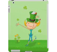 Green Shamrock Clovers & Elves with Leprechaun Hat iPad Case/Skin