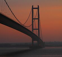 The Humber Bridge at Dusk by Paul Bettison