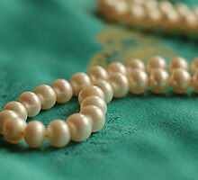 Pearls on Chinese Silk by Lynn Gedeon