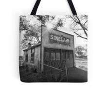 Old Sinclair Station (Black & White) Tote Bag