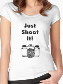 Just Shoot it Women's Fitted Scoop T-Shirt