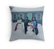 Q Snowmen Throw Pillow
