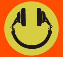 Smiley headphones Kids Tee