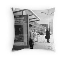 'Impressing tribute to a special queen' - 02 Throw Pillow