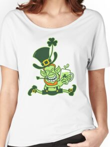 Green Leprechaun Running while Holding a Glass of Beer Women's Relaxed Fit T-Shirt