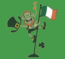 Green Leprechaun Singing on a Flag Pole Kids Tee