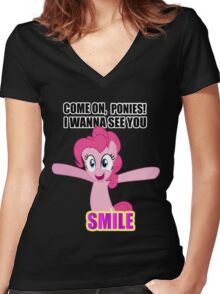 Pinkie Pie - I wanna see you SMILE! Women's Fitted V-Neck T-Shirt