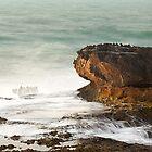 the tide rolls in by Hannele Luhtasela-el Showk