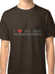TAKES ME FISHING Classic T-Shirt