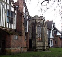 Gainsborough old hall (north side) by Chris-Cox