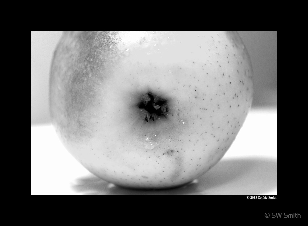 Golden Delicious Apple Detail by © Sophie W. Smith