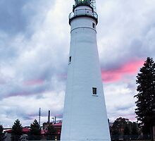 Fort Gratiot Lighthouse at Sunset by gharris
