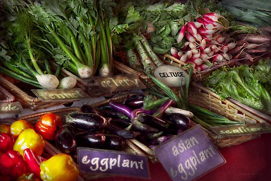 Food - Vegetables - Very fresh produce  by Mike  Savad