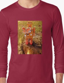 Robot Gets Down With Nature. Long Sleeve T-Shirt