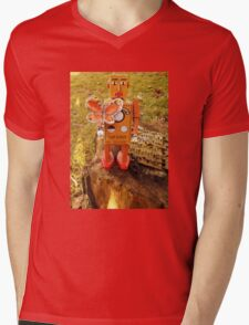 Robot Gets Down With Nature. Mens V-Neck T-Shirt