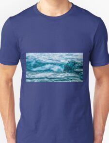 Rocks and waves at Point Cartwright  Unisex T-Shirt