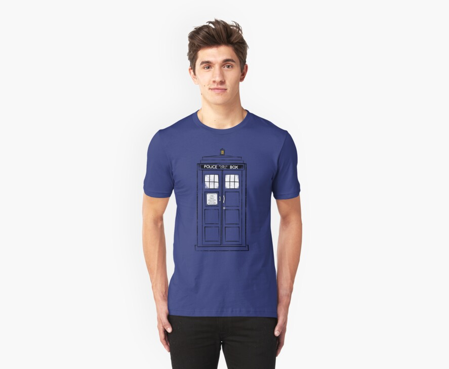 Tardis (trashy) by lemontee
