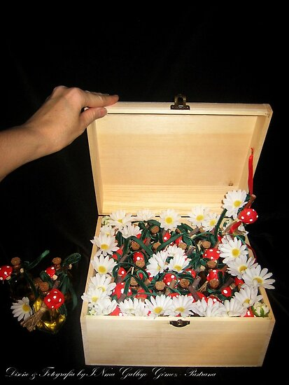 Treasure chest Pixie I Wedding favors & Handfasting by INma Gallego Gómez - Pastrana
