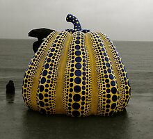 Japan Urban Art 02 - Yellow Pumpkin (Yayoi Kusama) by whitelash