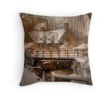The Bridge Inn @ Michaelchurch Escley 02 Throw Pillow