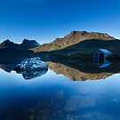 Dawn at Cradle Mountain, Tasmania by benivory