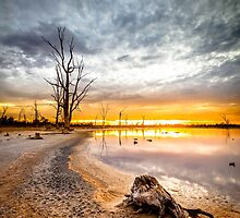 Kings Billabong by hangingpixels