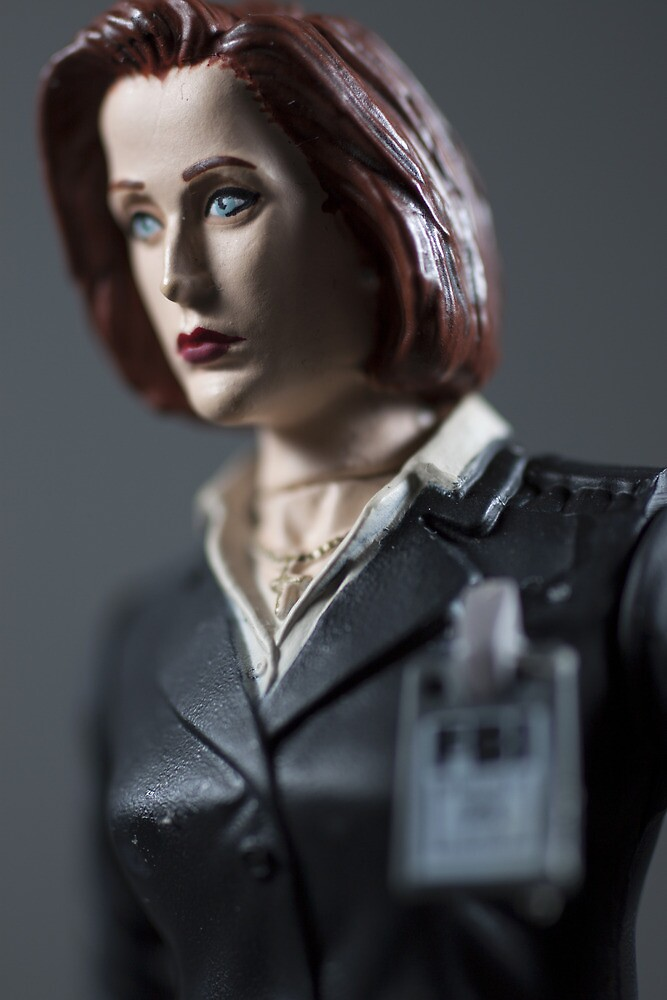 Special Agent Dana Scully by NerdierPhotog