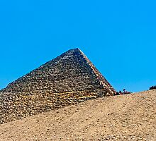 Cheops Pyramid. by bulljup