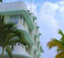 Ocean Drive Miami by Tom  Reynen