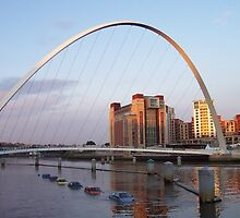 The Millenium Bridge - Newcastle-upon-tyne by Jon Storey