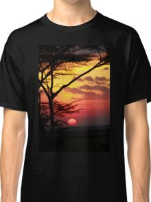 Kenyan Sunset with trees in the foreground Classic T-Shirt