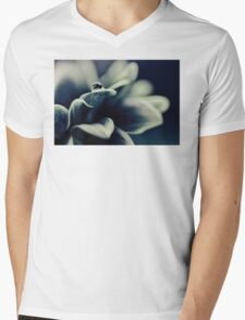 Daisy Blue - for Ingrid on her birthday! T-Shirt
