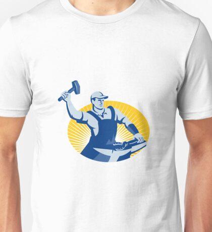 Blacksmith Farrier With Hammer Horseshoe Retro Unisex T-Shirt