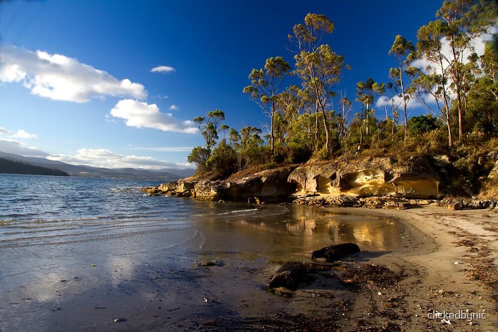 Killora Beach - Bruny Island, Tasmania by clickedbynic