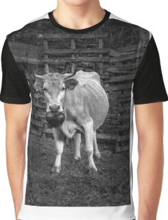 Pretty cow with a huge bell, staring, in bW Graphic T-Shirt