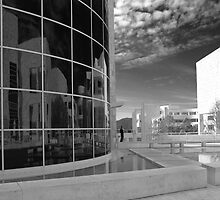 The Gitty Center in black and white. by philw