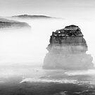 Australia - Great Ocean Road - BW III by lesslinear