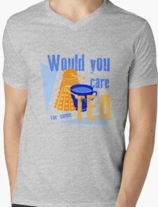 Dalek with Tea Mens V-Neck T-Shirt