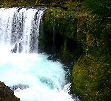 Kayak at Spirit Falls by DTC4000
