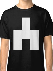 Black Mirror - White Bear Classic T-Shirt