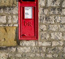 Vintage English post box by Greg  Walker