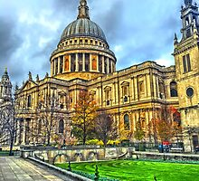 St Pauls by Peter Barrett