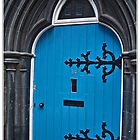 blue door by kippis