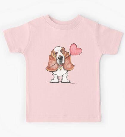 Basset Hound w/ Heart Balloon Kids Tee