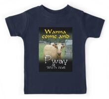 WANNA COME AND PWAY WITH ME Kids Tee
